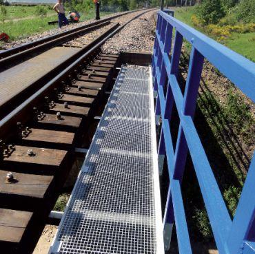 Przegląd konstrukcji nawierzchni kolejowych na obiektach mostowych